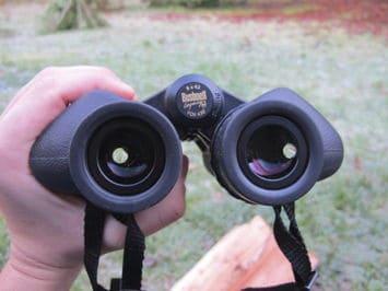 mejor binocular bushnell